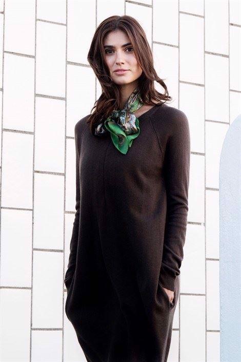 Image of   Brun ammekjole med lynlås ammeåbning i, den skønneste Merino uld/viskose